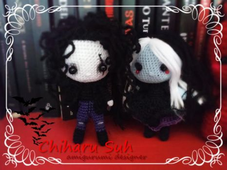 Gothic couple by Amigurumi-sweetheart