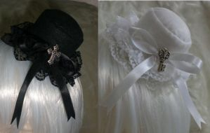 Gothic lolita mini hats by Dolly-chan