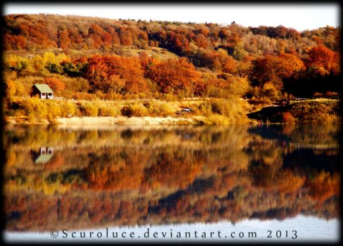 Autumn Reflection by scuroluce