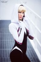 Gwen Stacy - The Edge of Spider-Verse by CosplaySymphony