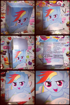MLP-Rainbow Dash Flying Enterplay Card Holder by KrazyKari