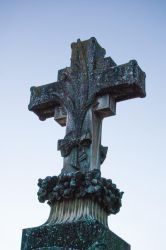 The cross II by oscargascon