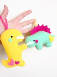 Dinosaurnaments by casscc