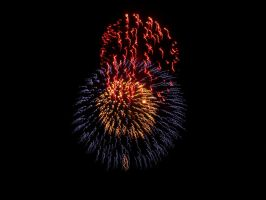 4th of July Fireworks 3--A Real Beauty by SharazDestler