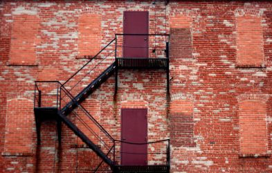 Fire Escape by gustine