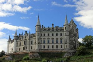 Dunrobin's Turrets by piglet365