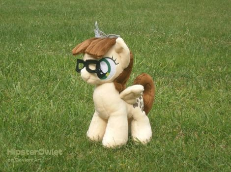 Handmade Zipporwhill Plushie by HipsterOwlet