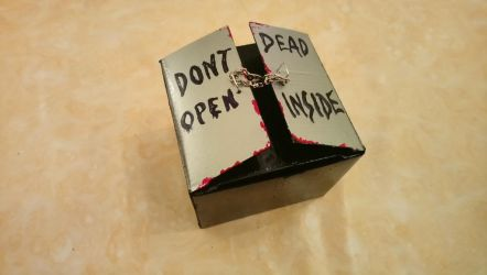 The Walkind Dead- Chocolate Box by Tamalice