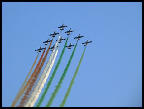 Frecce Tricolori.. by estachos