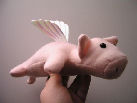 Plushie Contest - Flying Pig by lexidh