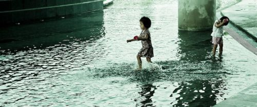 Candid - Children playing by i-daniel