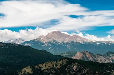Mountain HDR 5 by Chillstice