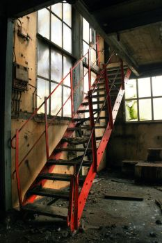 Urbex : Red Stairs by exkub