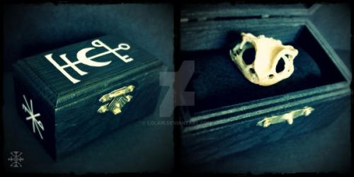 Toad Reliquary Box by Lolair