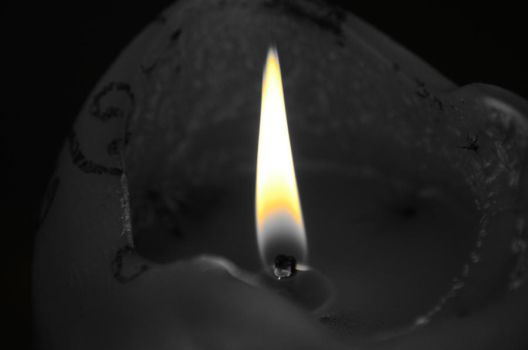 Colorless Candle by DelicateWhisper