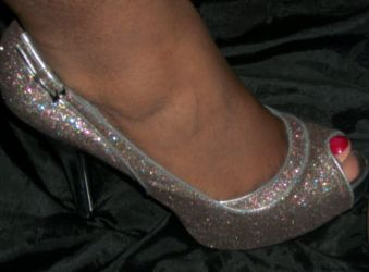 Bridesmaid shoes by Oukan
