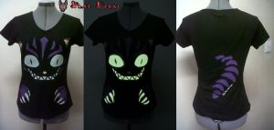 Cheshire Cat Glow-in-the-dark t-shirt by BlakBunni