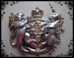 Queen of Albion: Coat of Arms by Yiji