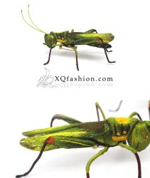 Hand Embroidery Grasshopper Brooch by XQFashion