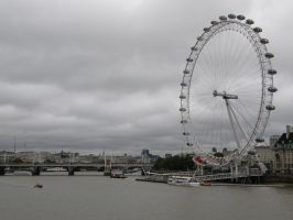 London 21a The Eye and Thames by Gwathiell