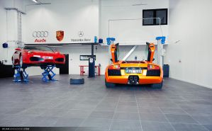 Cars in workshop 2 by dejz0r