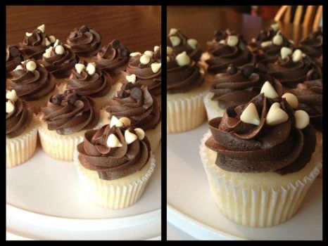 Peanut Creme Cupcakes by Deathbypuddle