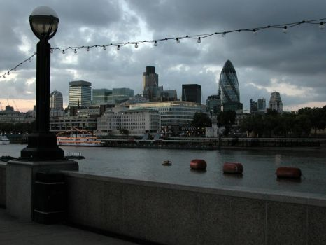 London v.04 by glaireOops