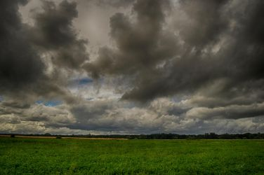 anger in the sky by Lk-Photography