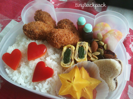 Valentine's Day Bento by tinybackpack