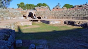 030 - Amphitheater in Merida by calasade