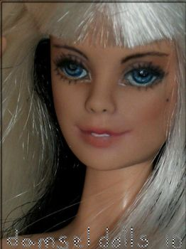 Muse Face Up by damseldolls