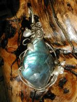 PENDANT DARK LABRADORITE  2 by quaraszd