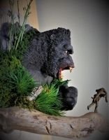 King Kong Wall Hanger Video is Up! by Legrandzilla