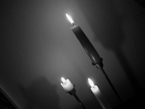Candlelight by evilpokejuggalette