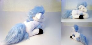 Sleeping Shiny Ponyta Plushie