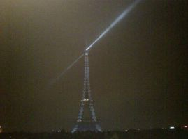 The Eiffel Tower by moonhare77