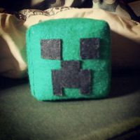 Creeper Plushie! by dncbrules