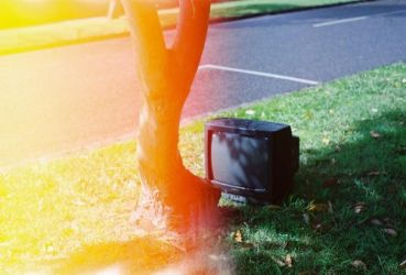 Box Hill Curb TV by youlikesalad