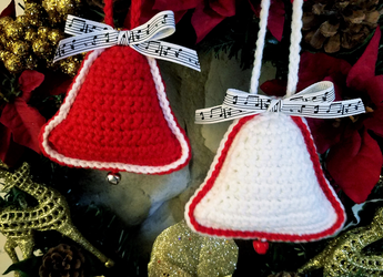 Crochet Christmas Bell Ornaments by Mickeycricky