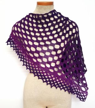 Bubbles Crochet gradient shawl by FearlessFibreArts