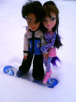 Cade and Jade in winter by clawdeenw