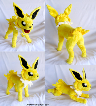 Poseable Jolteon by xBrittneyJane