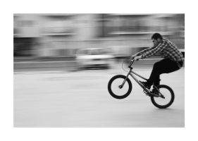 - panning: bmx - by n0twhaty0uthink