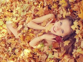 PhotoSession-InAutumnLeaves 3 by RuslanKadiev