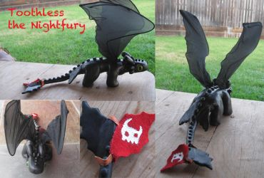 HTTYD Toothless for Sale by PunkTrunk