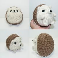 Harry the hedgehog by Heartstringcrochet