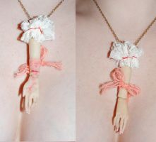 dollparts necklace by ccaammoo