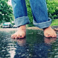 wet toes by theMete0ryt