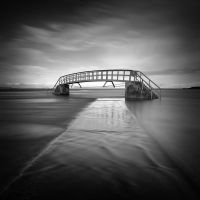 Flow under the bridge by marcopolo17