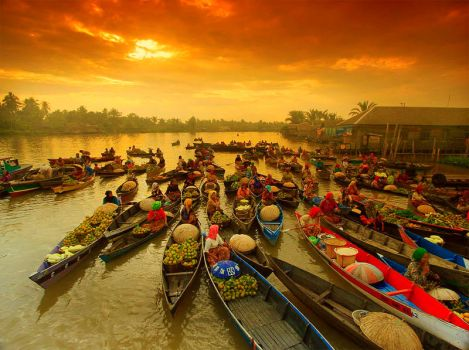 floating market at Banjarmasin by indonesia